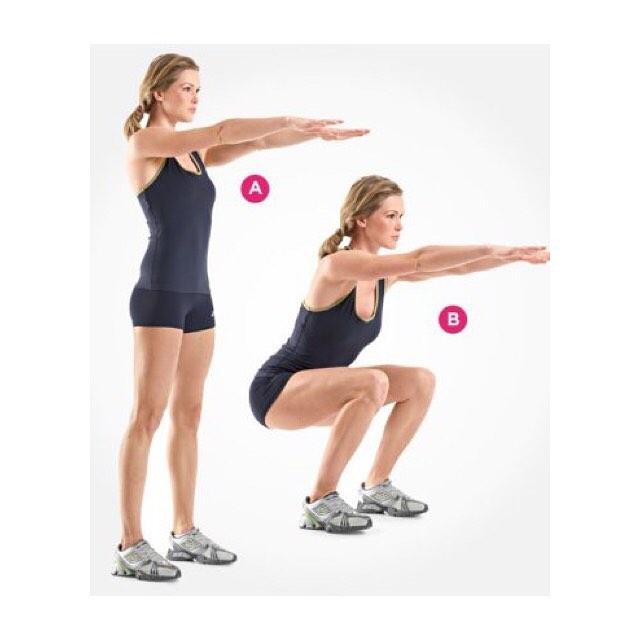 〜スクワット〜  美しいボディラインには 適度にバランスよくついた 筋肉が欠かせません! 同じ筋肉量を増やすためにスクワット なら15回ですむのに、腹筋なんと500回。 「腹筋500回=スクワット15回」 ・ ぽっこりお腹、ヒップを上げたい 脚やせしたい方に効果的です! スクワットでヒップアップした方も たくさんいらっしゃいます♡ ・ ポイントは A→Bの順に15〜20回、 ゆっくり行うこと 太ももと床が並行であること 膝がつま先より前に出ないこと です! ・ お家で簡単筋トレで 美ボディ目指しましょう!